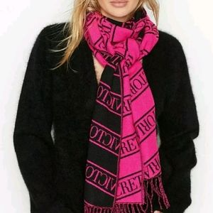 VS Winter Scarf fringed bright pink /black